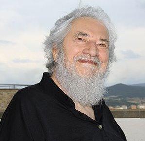 Клаудио Наранхо